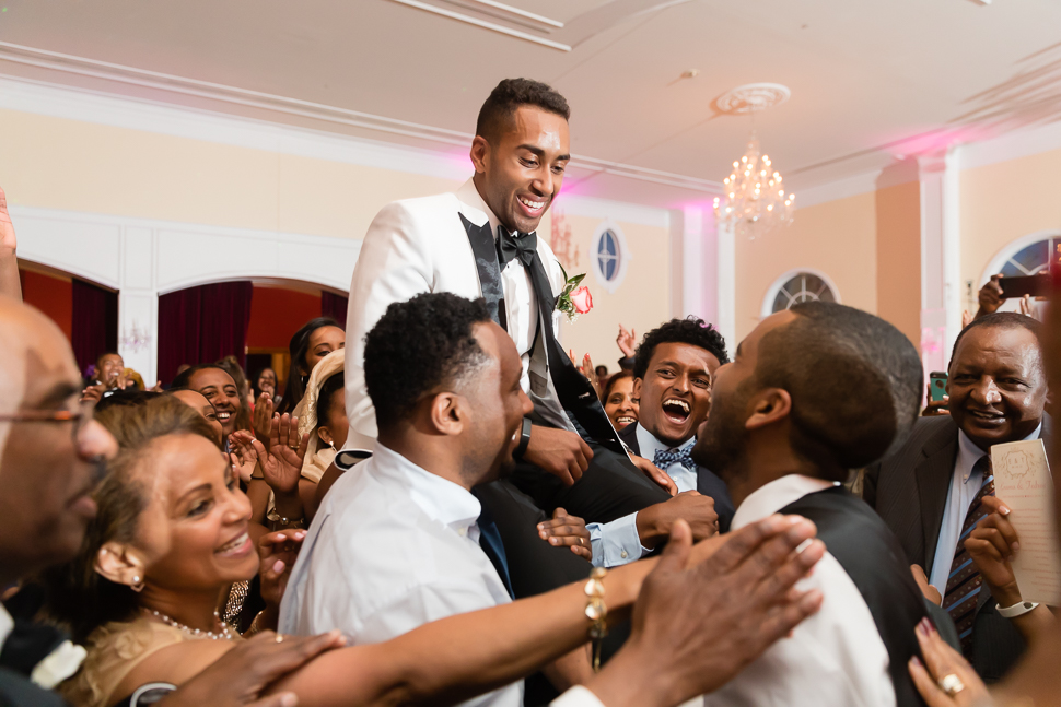 Lift Up The Groom